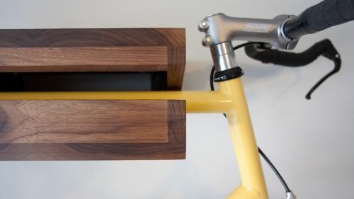 Bike na prateleira? Photo_bikerack_cu_topbar